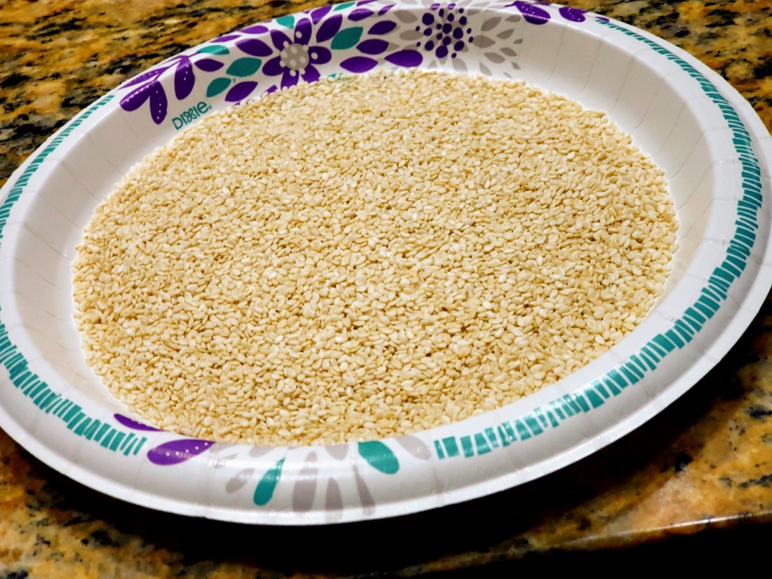 Sesame seeds for seared ahi tuna